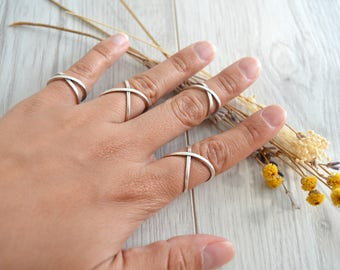Bohemian Silver Statement Geometric X Design Knuckle Ring, Silver Midi Pinky Ring, Silver Stackable Adjustable Ring, Affordable Gift for Her