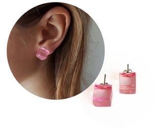 Squere earrings. Red earrings. Simple earrings. Minimalist earrings. Cube earrings