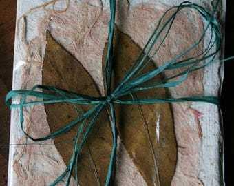 Set of 4 sheets of handmade paper with a tracing paper.