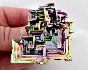 Rainbow Bismuth Crystal 86g Lab Grown Jewelry Display Specimen Educational Metaphysical Metal Healing Stone