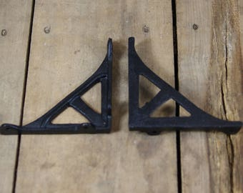 Extra Small Cast Iron Shelf Bracket Pair