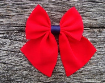 Bow tie red brooch