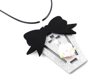 SALE 50% Halloween coffin coffin halloween pastel goth goth flower bow and Flower necklace