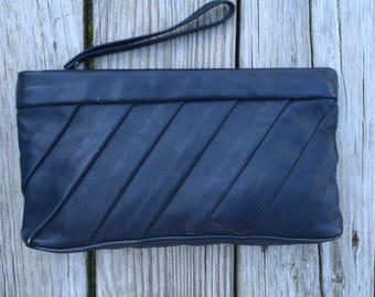 Vintage Leather Clutch Purse 1980s