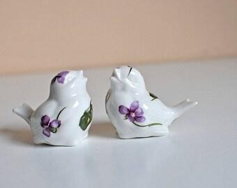 Vintage Hammersley Victorian Violets Fine Bone China Bird Salt and Pepper Set / Ultra Violet Bird Salt & Pepper / Fine Bone English China