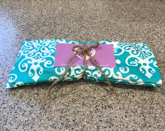 Lavender Eye Pillow. Relaxation. Meditation. Yoga. Self Care. Hot or Cold Compress. Turquoise.