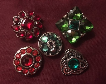 Group of Red and Green 18mm Interchangeable Snaps to add to your Collection at a Great Price!