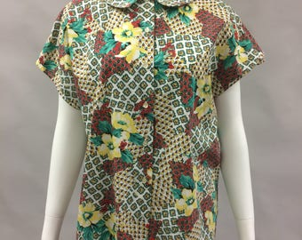1980s does 1950s XL Peter Pan Collar Multi-Color Mixed Print Blouse with Raglan Sleeve   Button Front   Size 14