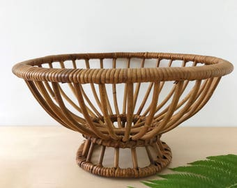 Wicker Rattan Footed Fruit Bowl Basket | Franco Albini Style | Kitchen Decor | Dining Decor