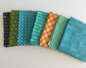 Bee Basics - 7 Fat Quarters - Lori Holt- Bee in my Bonnet - Riley Blake Designs