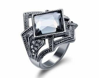 Occuria Swarovski Elements Gunmetal Ring