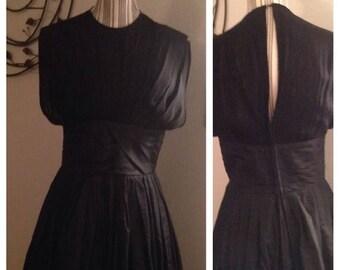 Anniversary Sale Stunning Suzy Perette Vintage Black Tafetta Dress