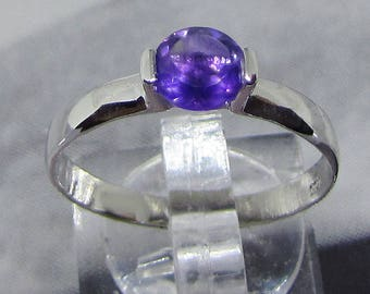 Ring Sterling Silver and Amethyst purple size 58