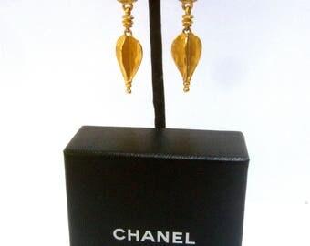 CHANEL Elegant Gilt Metal C.C. Dangle Earrings in Chanel Box