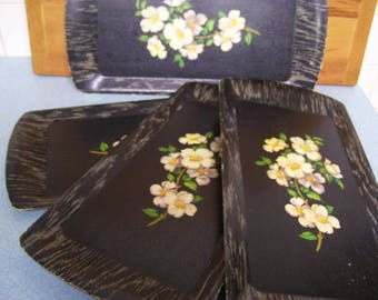 Vintage Dogwood flowers Kentley Corp trays