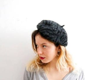 ON SALE Vintage Angora Beret Angora Hat Gray Beret French Hat Soft Beret Spring Hat Soft Angora Hat Warm Hat Ladies Hat Classic Hat Small Be