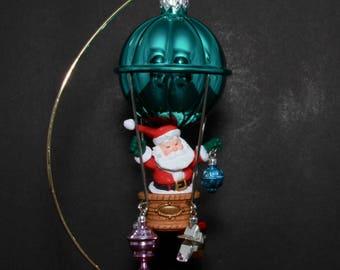 "Hallmark VINTAGE Christmas Ornament ""Up, Up And Away"" - Santa Riding Away In Christmas Ornament Hot Air Balloon!"