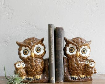 VACATION SALE Owl Bookends, Owl Figurines, Ceramic Owls, Kitschy Decor, Owl Book Ends, Retro Owls Bookcase Decor Teacher Gift, Desk Décor, B