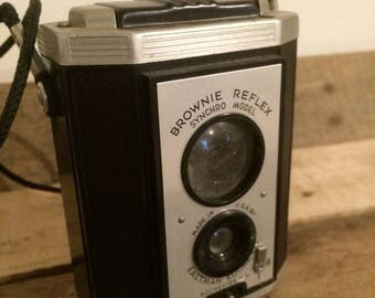 Vintage camera ~ 1970s ~ brownie reflex