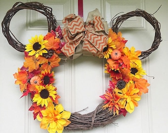 Fall minnie wreath