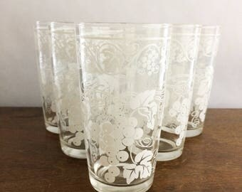 Set of 6 Vintage Hazel Atlas Glasses Grape Design White on Clear Tumblers Juice Glasses Drinkware Tableware