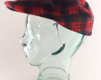 Vintage Pendleton Red Plaid Tartan 100% Virgin Wool Cabbie Newsboy Cap Hat Size Large