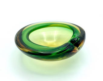 Murano Glass Bowl '50s in Lilly Pad shape by Galliano Ferro, Candy/Soap Dish or Ashtray in rich Sommerso-Style Yellow, Clear & Green