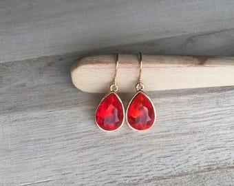 Ruby red  Crystal / Gold Teardrop Earrings july  Crystal dangle  Earrings  birthstone  Earrings - Bridesmaid Gift Jewelry