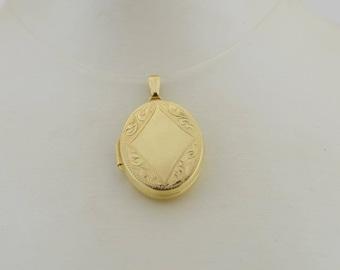 14k Yellow Gold Vintage Ornate Locket Pendant