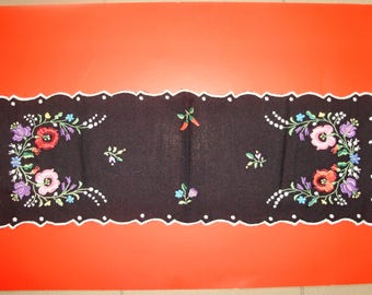 Vintage,Hungarian handmade embroidered black ,centerpiece.flower pattern