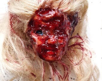 Zombie barbie head horror keychaon,must see and free shipping!