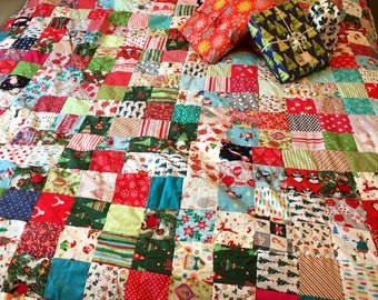 Christmas Cheerful Family patchwork quilt, sofa throw or decoration