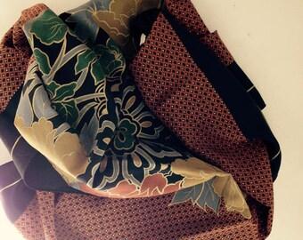 foulard PIERRE CARDIN vintage en soie 1970