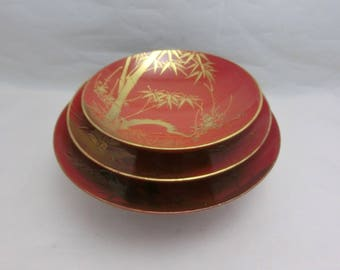 Vintage! Red Lacquering Small Round Tray with genuine Gold Tooling Japan Made