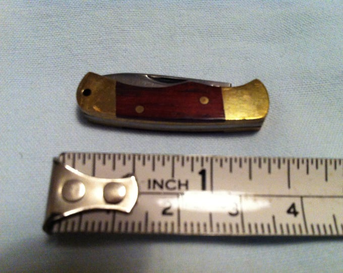 Vintage Miniature pocket knife - Dollhouse accessoires decoration