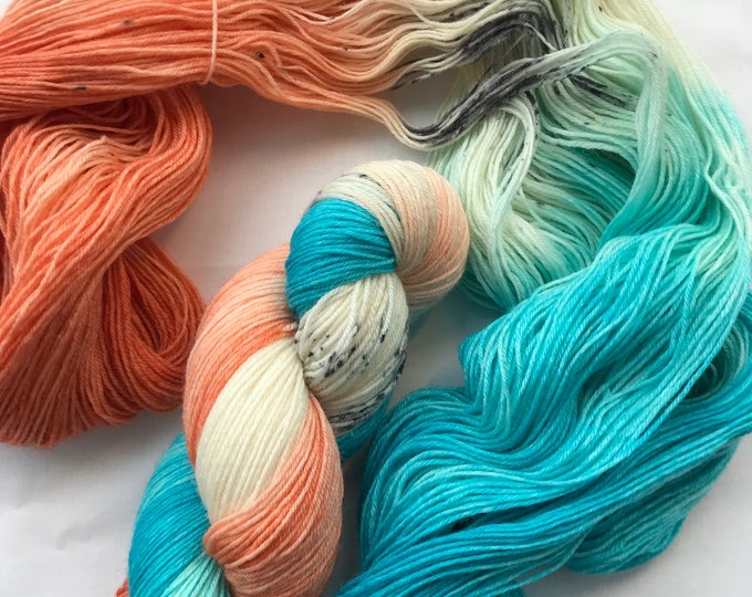 """""""Flamingo"""" 100g British Blue Faced Leicester Yarn 4 ply"""