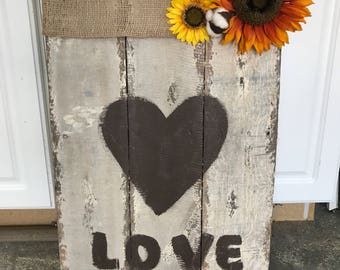 """Wooden Pallet Signs """"Love"""""""