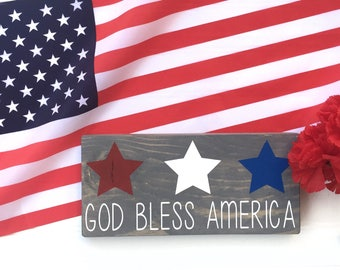 God Bless America Wood Sign // Fourth of July Decor// Patriotic Decor// USA Wood Sign// 4th Of July Wood Sign// 4th of July // Wood Sign