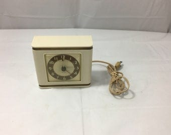 Vintage 1939 - 1947 Westclox 'Bachelor' S5-A Electric Alarm Clock - WORKS, FREE SHIPPING!!