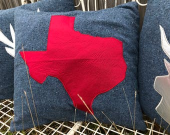 """18"""" pillow cover with Texas shape appliqued in red"""