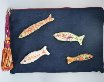 Fish embroidery jean Pocket