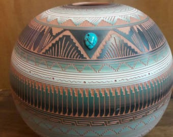 Authentic Native American Navajo Handmade Etched Pottery