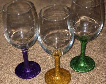 Mardi Gras Glitter Stem Wine Glasses