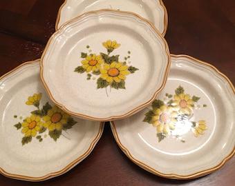 Mikasa Sunny Side Stoneware Salad Plates (Set of 4) Yellow Flowers Sunflowers Daisy