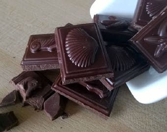 Vegan CHOCOLATE for cakes, biscuits, pastries and ornaments. 40% friable cacao from quality Cocoa beans GHANA, 100 g. / 3.53 oz