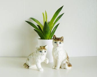 Two Kittens Ceramic Figurines Handpainted Vintage Made in Japan Home Decor