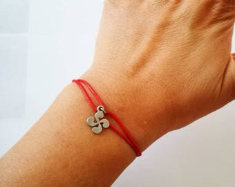 Bracelet symbol Basque cross lauburu 11mm titanium hypoallergenic titanium adjustable resists water waterproof basque country jewelry