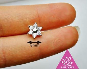 1 pcs helix lobe ear jacket screw behind Flower 8mm titanium 6 petal diament oxyde de zirconium minimaliste géométrique Stud ligne