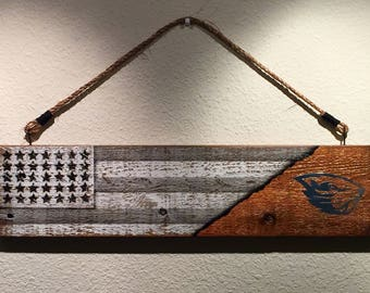 Oregon State Beavers Wall Hanging Sign.