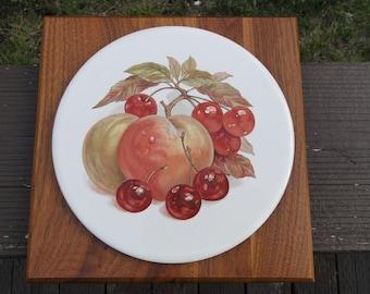 Ozark Walnutware Wall Plate / Walnut Wall Decor/ Solid Walnut Wall Plate / Vintage Wall Plate